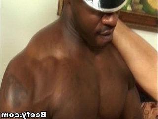 Black Muscle Guy Fucks her Tight Asshole